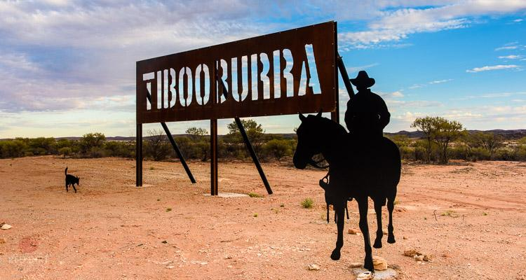 There is something impossibly romantic about Tibooburra; there it is in the far north-western corner (Corner Country) of New South Wales. Tibooburra is 335 km north of Broken Hill, 1504 km north-west of Sydney, 900 km from Adelaide.